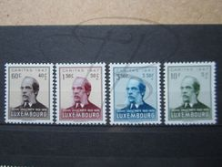 VEND BEAUX TIMBRES DU LUXEMBOURG N° 402 - 405 , XX !!! - Unused Stamps