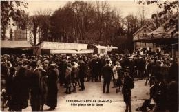 CPA ECOUEN-EZAINVILLE Fete Place De La Gare. (509321) - Ecouen