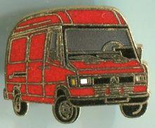 MERCEDES-CAMION 410 ROUGE - Mercedes