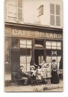 CPA Carte Photo à Situer Devanture De Café Billard - Commerce