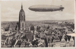 FRANCFORT :  Carte Photo  Zeppelin Hindenburg  Au Dessus De La Ville . - Frankfurt A. Main