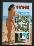 Sitges - CPSM Pin Up Femme Seins Nus Sur La Plage - Naturisme Nudisme - Pin-Ups