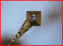 Ancienne épingle à Chapeau Année 1930 Avec Brillant Bon état - Coiffes, Chapeaux, Bonnets