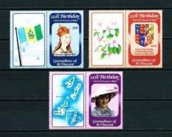 Granadinas (St. Vicente)  Nº Yvert  243/5 (con Viñetas)  En Nuevo - St.Vincent Y Las Granadinas