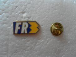 PIN'S FR3 - Medien