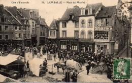 22 LAMBALLE  Place Du Marché - Lamballe