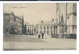 Nivelles - Grand'place Personnages - Circulé 1914 - Oblitération 2 étoiles - Collection Bertels - Nivelles