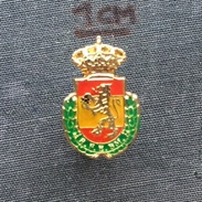Badge (Pin) ZN005712 - Handball Spain Federation / Association / Union - Handball