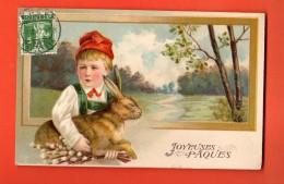 NEM-07 Joyeuses Pâques, Garçon Et Lapin Lièvre, Cachet Frontal 1912 , En Relief, Gaufré - Pâques