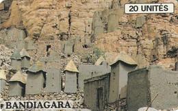 LOTE DE 2 TARJETAS TELEFONICAS DIFERENTES DE MALI. (443) - Malí