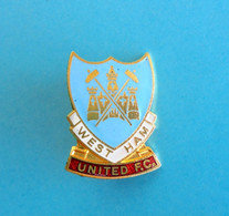 WEST HAM UNITED FC England Football Soccer Club Enamel Pin Badge Fussball Anstecknadel Distintivo Calcio Futbol Brittish - Football