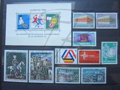 VEND TIMBRES DU LUXEMBOURG N° 735 - 747 , NEUFS SANS CHARNIERE !!! - Unused Stamps