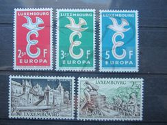 VEND BEAUX TIMBRES DU LUXEMBOURG N° 548 - 552 , XX !!! - Unused Stamps