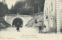 88 Vosges Les Cols Des Vosges Au Col De Bussang (Côté Alsacien ) Douanier Militaire TBE - Col De Bussang