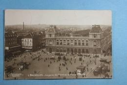 Bruxelles La Gare Du Nord Et La Place Rogier - Chemins De Fer, Gares
