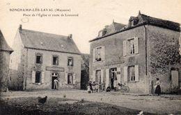 CPA -  BONCHAMP  LES  LAVAL  (53)  Place De L'Eglise Et Route De Louverné  - 1918 - France
