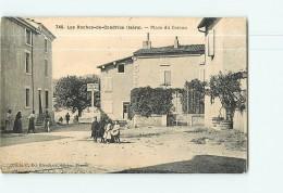 LES ROCHES De CONDRIEU -  Superbe Plan Animé Place Du CARCAN - 2 Scans - France