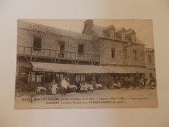 Hôtel Des Voyageurs Jagoury Cuisinier à Perros-Guirec. - Perros-Guirec