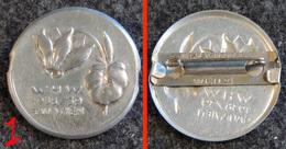 WW2 - Insigne De Journée Allemande WHW Fleur Alpine - 1938/39 GAU WIEN Vienne Autriche #1 - 1939-45