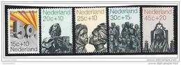 Nederland  ....  NVPH  ....    985/989      ....   **  ....  Postfris .... MNH ....  Postfrisch .... Neuf ** - Periode 1949-1980 (Juliana)