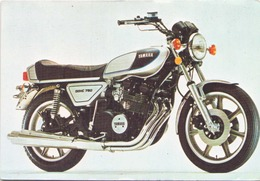 MOTO YAMAHA DOHC 750 CC - Motorbikes