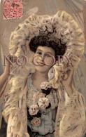 CPA Fantaisie - Portrait D' Artiste - Jolie Jeune Femme Pretty Young Lady - Actrice Théâtre - Artiesten
