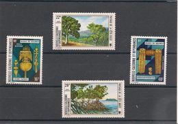 NOUVELLE CALEDONIE.  Années 1973/74 P.A. N°Y/T 142/43** 148/149** - Poste Aérienne