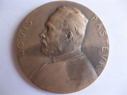 Médaille Centenaire De La Naissance De PASTEUR 27 Décembre 1822 – 1922, Par ROTY - Ohne Zuordnung