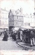 LA ROCHELLE LE MARCHE - La Rochelle