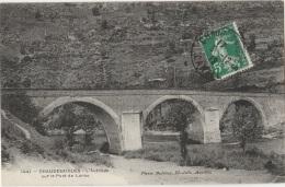 15 - CHAUDESAIGUES - L'Autobus Sur Le Pont De Lanau - Other Municipalities
