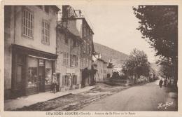 15 - CHAUDESAIGUES - Avenue De St-Flour Et La Poste - Other Municipalities