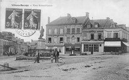 VILLERS-BOCAGE - Place Richard Lenoir - Francia