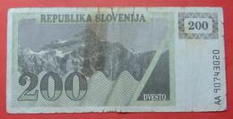 SLOVENIA LOT 200 TOLARJEV - Slovenia