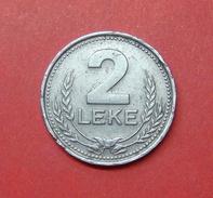 ALBANIA 2 LEKE 1989 (2) - Albania