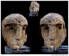 Ancienne Tête De Bornéo Sur Socle / Old Berneo Wooden Ancestor Head - Art Asiatique