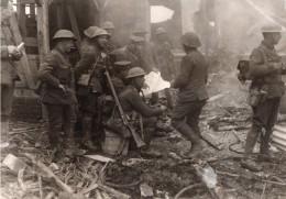 France Somme WWI Front De L'Ouest Soldats Anglais Ruines Ancienne Photo 1914-1918 - War, Military