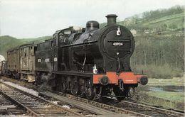 Railway Postcard LMS Midland 4F 43924 BR Fowler 0-6-0 Loco - Trains