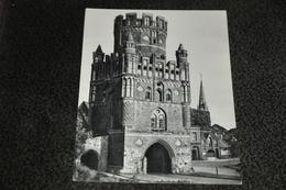 2349- Stendal, Ünglinger Tor - Kerken En Kloosters