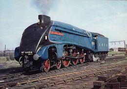 Railway Postcard LNER A4 4498 Sir Nigel Gresley Crewe Pacific Loco - Trains