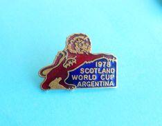 FIFA FOOTBALL WORLD CUP ARGENTINA 1978. - SCOTLAND .. Enamel Pin Badge By Coffer Fussball Calcio Futbol Futebol British - Football