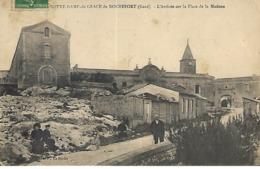 Rochefort-du-Gard - Notre Dame De Grâce - L' Arrivée Sur La Place De La Madone - Rochefort-du-Gard