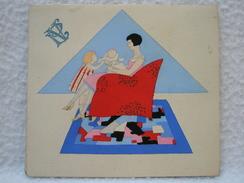 Ancien Menu Diner Du 25 Mai 1931 Décor D'une Femme Avec Enfants Art-Déco Monogramme PV - Menus