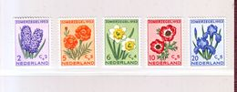 PAYS-BAS - YT N°  590/594 - Fleurs - 1953 - Neuf ** - Sonstige