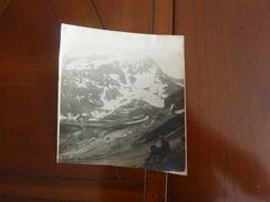 Photo Originale  Montagne Enneigée   Alpes  Pic Personnage  ANNEE CIRCA 20 - Lieux