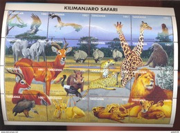 TANZANIA   1363  MINT NEVER HINGED MINI SHEET OF WILDLIFE & ANIMALS - Timbres