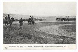 FONTAINEBLEAU  (cpa 77)   Le Roi D'Espagne Alphonse XIII - Les Dragons Manoeuvrent Devant Le Roi -  - L 1 - Fontainebleau