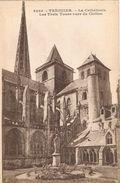 25843. Postal TREGUIER (Côtes D' Armor). Le Cathedrale. Trois Tours - Tréguier