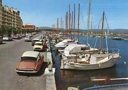 HYERES - Le Port Saint Pierre Les DS Citröen - Hyeres