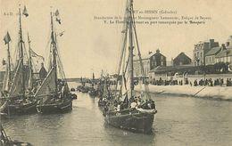 A-17.8853 :  PORT EN BESSIN. BENEDICTION DE LA MER - Port-en-Bessin-Huppain
