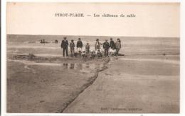 50 - PIROU PLAGE - Les Châteaux De Sable. - France
